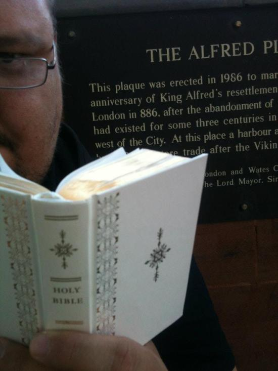 6. Rob moved into the Anglo-Saxon period (and some shade) with a reading about the use bread for King Alfred's sake. Matthew 14:15-21.